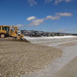 Geogrid and bulldozer