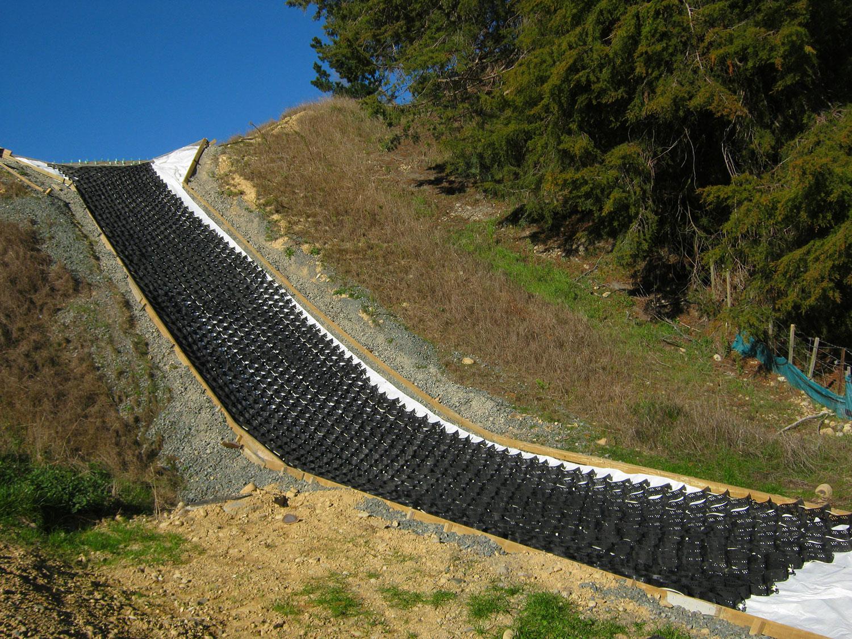 strataweb-slope