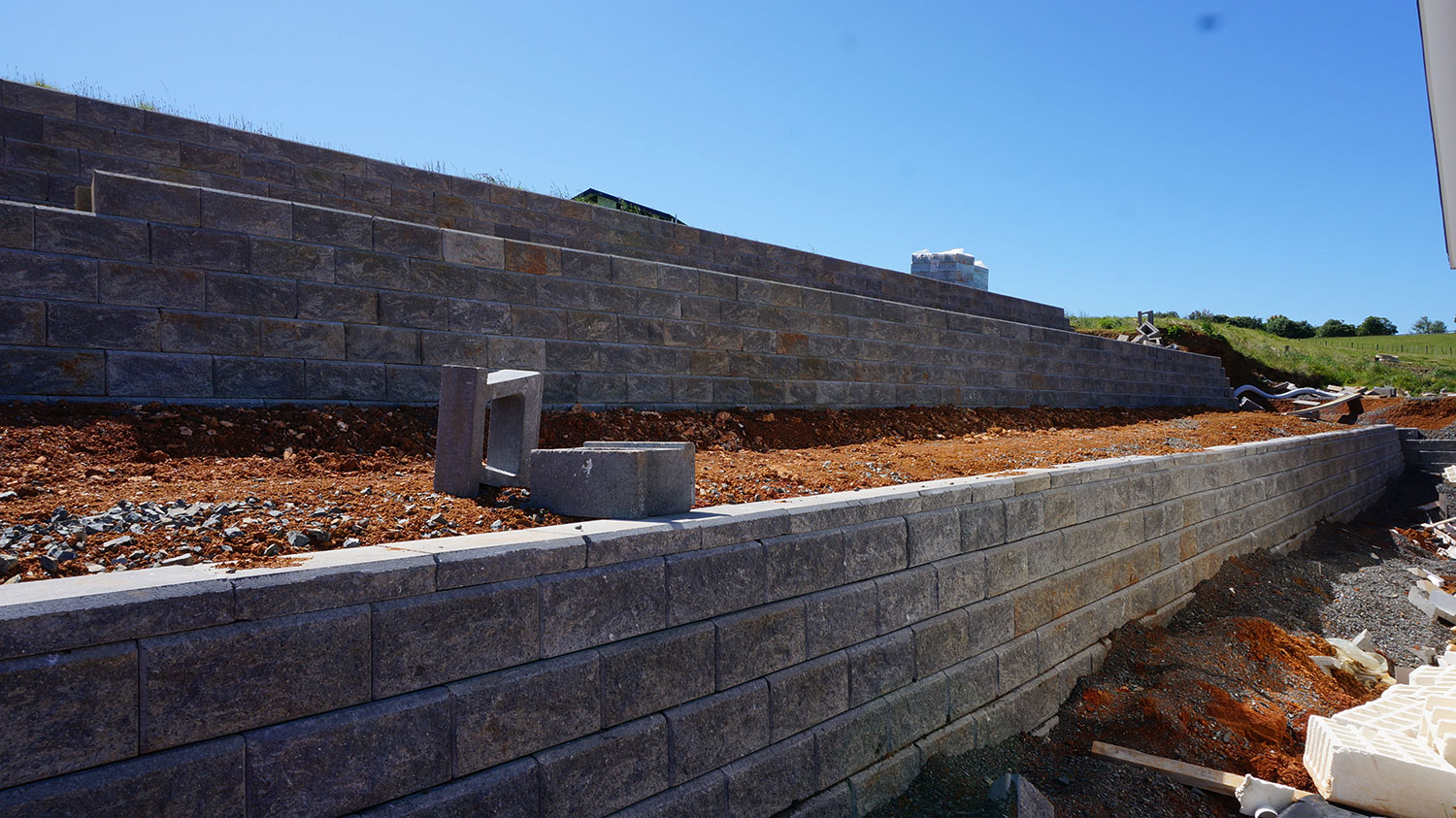 how to build a block retaining wall nz
